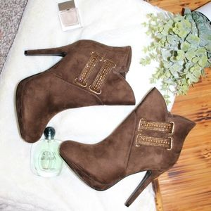 Forever Chic booties